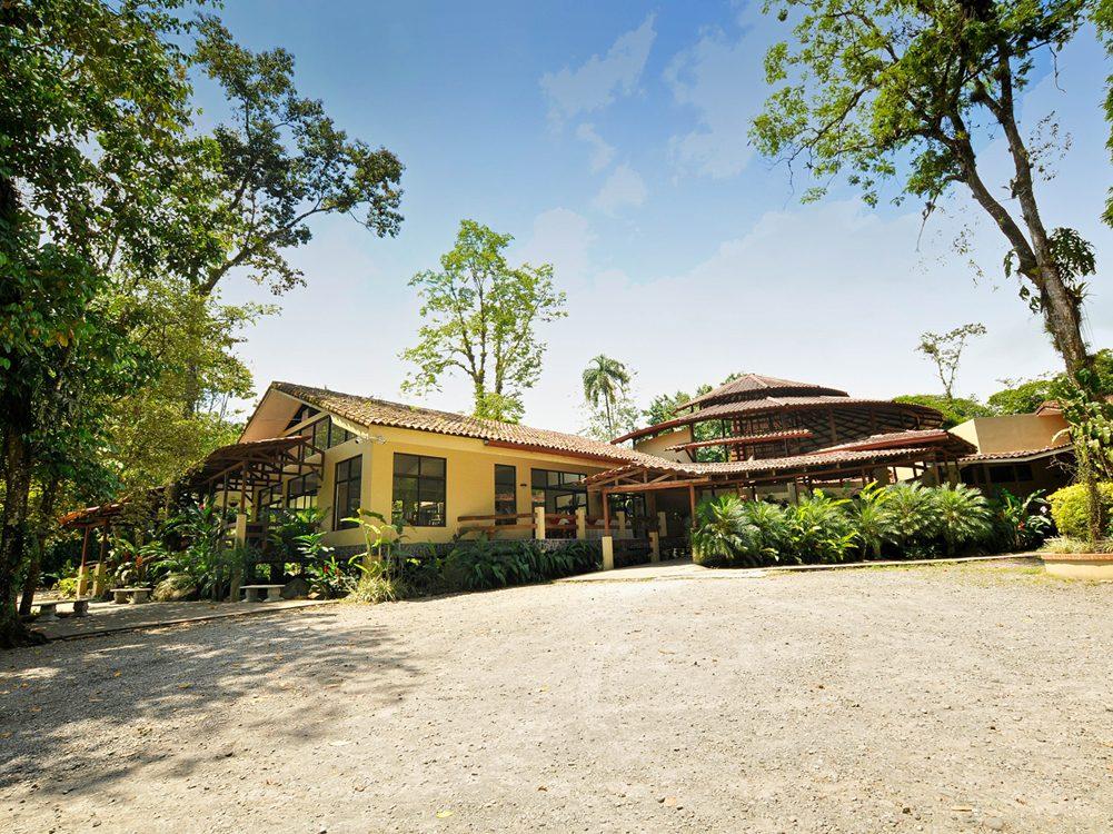 Pachira Lodge - Pure Trek Costa Rica
